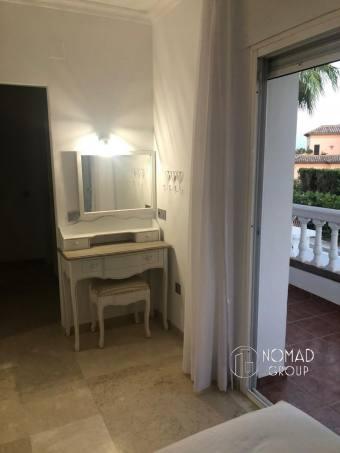 Vender Marbella - Puerto - Puerto Banús de ENCANTADORA VILLA DE 5 DORMITORIOS Y 6 BAÑOS JUNTO A PUERTO BANÚS - 19