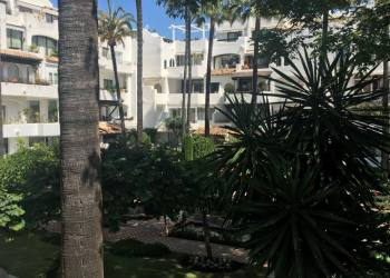 Vender Marbella - Puerto Banus de IMPRESIONANTE PISO EN 2ª LINEA DE PLAYA EN PUERTO BANUS - 1